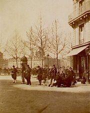 Soldiers commune