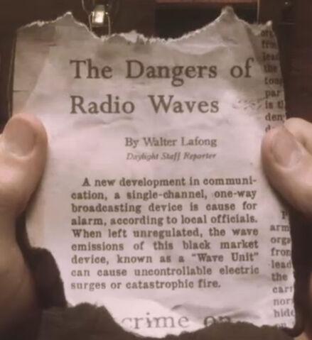 File:Tapjoint dangers of radio waves.jpg