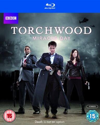 File:TW S4 2011 Blu-ray UK.jpg