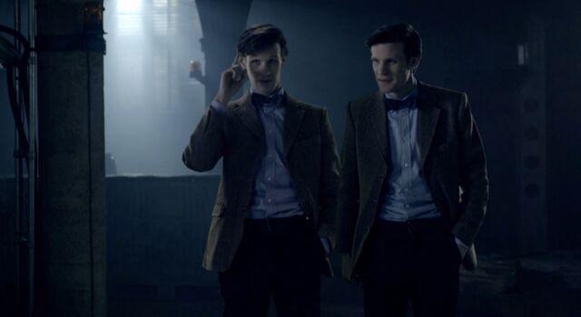 File:Eleventh-doctor-with-ganger.jpg