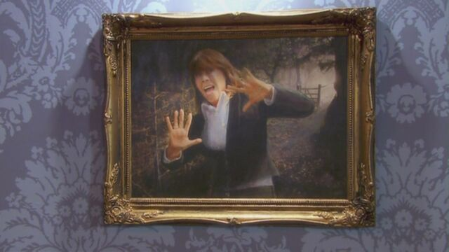 File:Sarah Jane trapped in painting.jpg