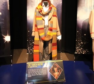 File:4thDoctorcostumeDWExperience.jpg