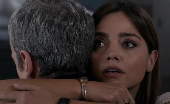 File:Clara hugs the Doctor goodbye (DIH).jpg