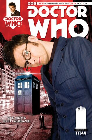 File:THE-TENTH-DOCTOR-1-PHOTO-COVER-600x910.jpg
