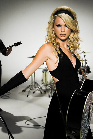File:Taylor-swift-photos-3.jpg