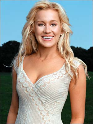 File:Kellie Pickler 2.jpg