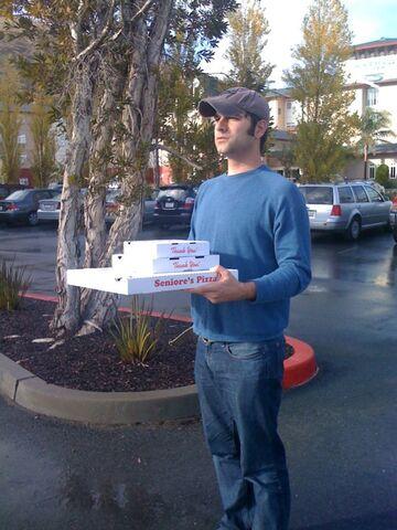 File:Chris ANtista smells pizza.jpg