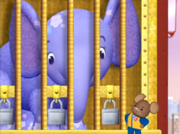 File:Door Mouse and Ellie.png