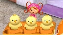 File:3 chicks.jpg