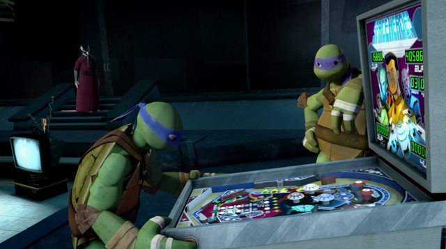 File:Space-Heroes pinball machine.png