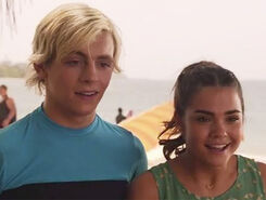 Teen-beach-movie-2-trailer-main