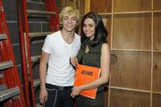 Ross-lynch-maia-mitchell-teen-beach-movie-10