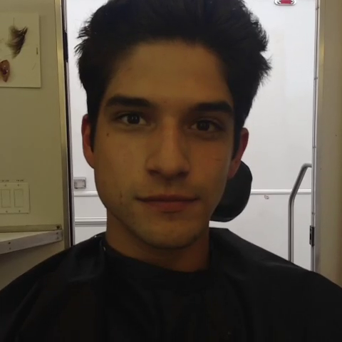File:Teen Wolf Season 3 Behind the Scenes Tyler Posey Transformation before.png