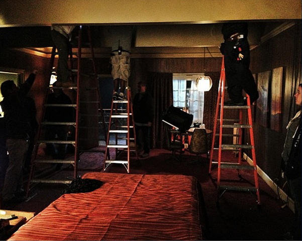 File:Teen Wolf Wikia Season 3 Behind the Scenes Motel Room.png