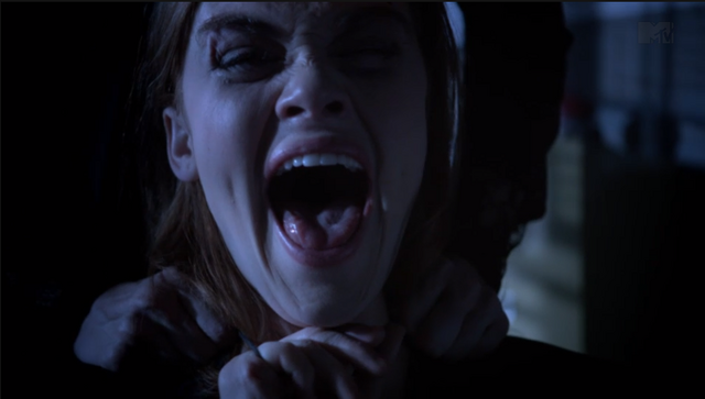 File:Teen Wolf Season 3 Episode 9 The Girl Who Knew Too Much Holland Roden Lydia Wails.png