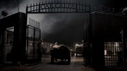 Teen Wolf Season 3 Episode 21 Fox and Wolf Oak Creek Gate