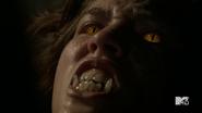 Teen Wolf Season 5 Episode 3 Dreamcatcher Tracy eyes fangs detail