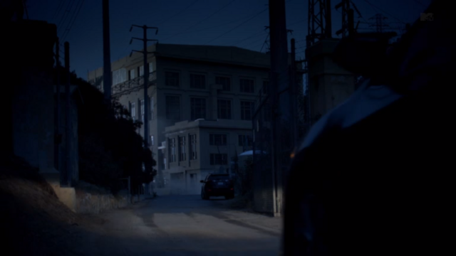File:Teen Wolf Season 3 Episode 9 The Girl Who Knew Too Much Eagle Rock Substation Exterior.png