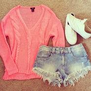 Jumper-outfit-pink-shorts-Favim.com-1287744