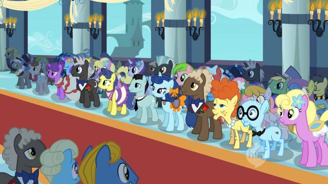 File:Pony crowd wedding S2E26.png