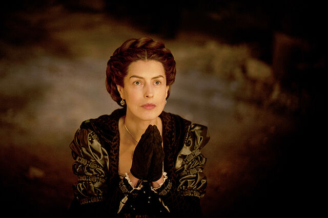 File:009 Tears of Blood episode still of Catherina Sforza.jpg
