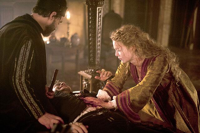 File:008 The Prince episode still of Alfonso of Aragon and Lucrezia Borgia.jpg
