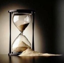 File:Broken hourglass.jpg