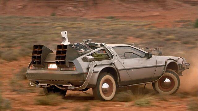 File:Back-to-the-Future-Car-Delorean-DMC12-19811.jpeg