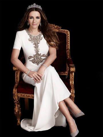 File:Elizabeth+Hurley Royal+Asscher+Diamond+Tiara Designer+Reena+Ahluwalia+1.jpeg