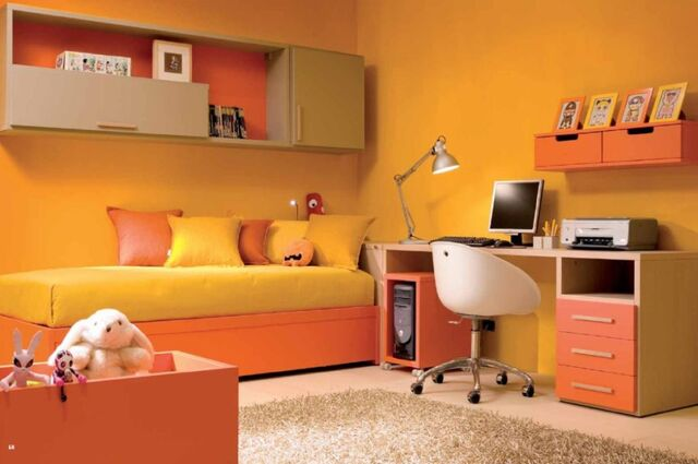 File:Fred Chase - Bedroom.jpg