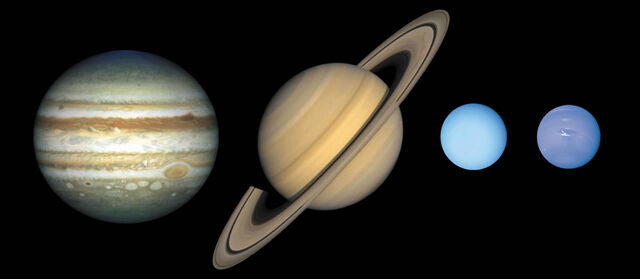 File:Outerplanets.jpg