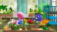 The Backyardigans Flower Power 7 Uniqua Pablo
