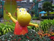 The Backyardigans Tasha Statue at Nickelodeon Universe
