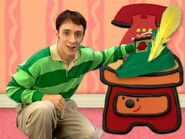 Blue's Clues Sidetable Drawer Robin Hood