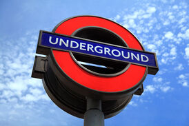 London-underground-sign-11279728036uTYR1