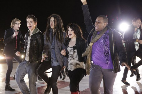 File:52370 the-glee-project-raise-your-glass-music-video-455x303.jpg