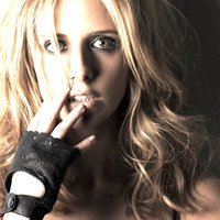 Sarah-Gellar-sarah-michelle-gellar-2154845-200-200