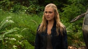 Twilight's Last Gleaming 039 (Clarke)