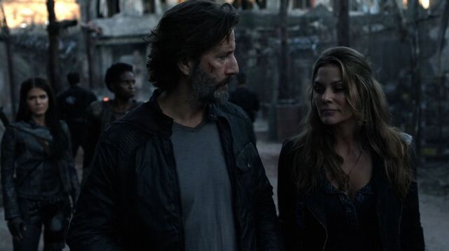 File:The100 S4 Echoes Marcus Abby 2.jpg