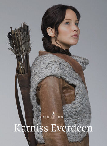 File:Capitolcouture katniss3profile.jpg