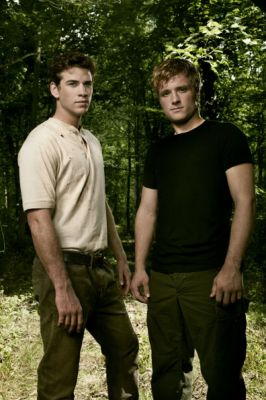 File:GALE VS PEETA.jpg