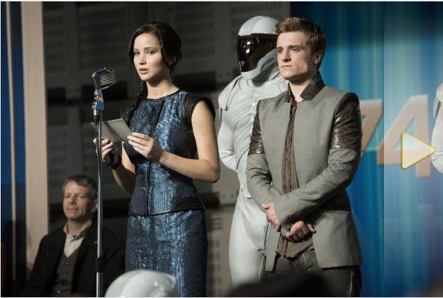File:Catching Fire Peeta Katniss.JPG