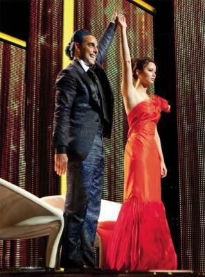 File:Katniss and Caesar F..jpg