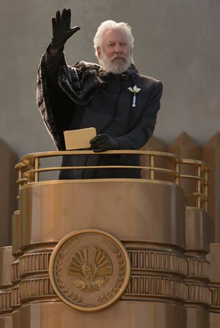 File:President Snow3.png