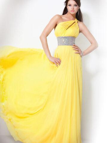 File:Weekly-deal-prom-dress-2012-009-1-1-.jpg