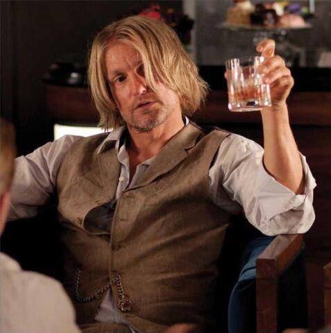 File:Haymitch-drinking1.jpg