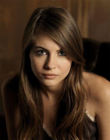 File:Brown Hair Girl 9.jpg
