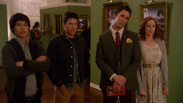 File:The Librarians looking at the fake Crown of King Arthur painting.png
