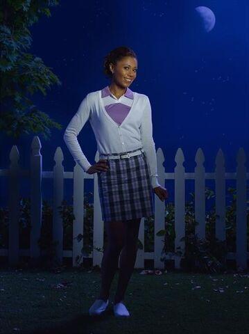 File:Toks Olagundoye as Jackie 1.jpg