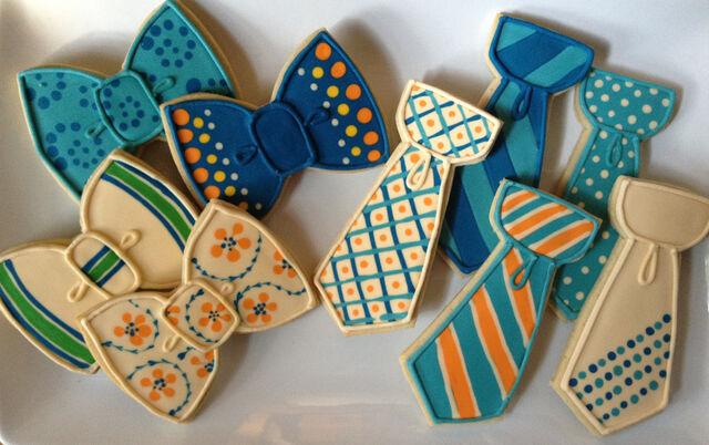 File:Bowtiecookies.jpg